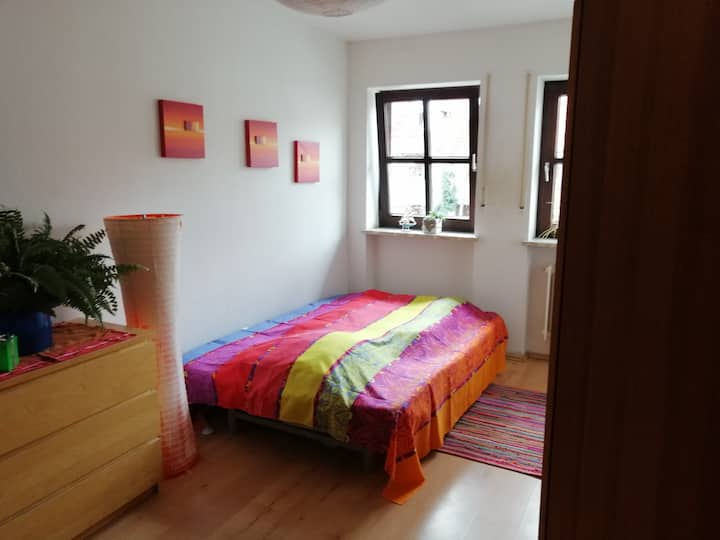 Nice small room close to Munich airport!