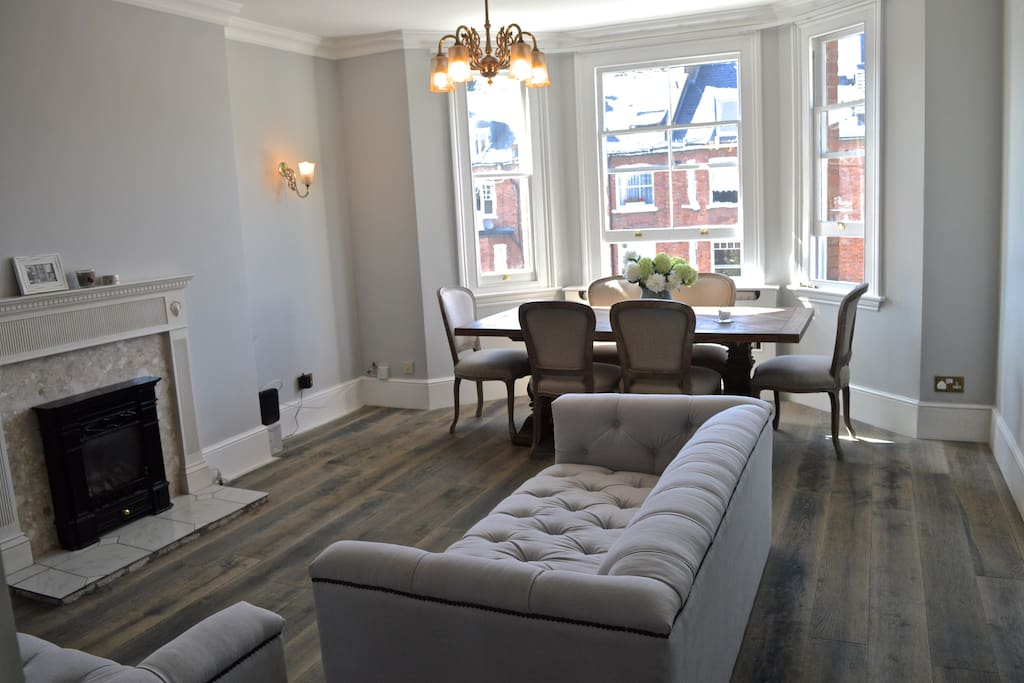 Homely Apartment In A Traditional Victorian House Flats
