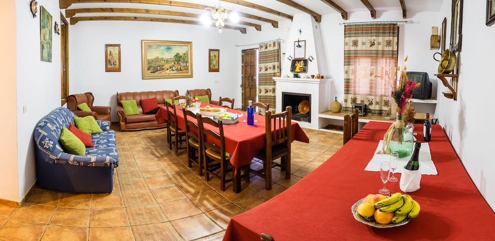 """Alojamiento Rural """"La Torca"""". CASA 4"""