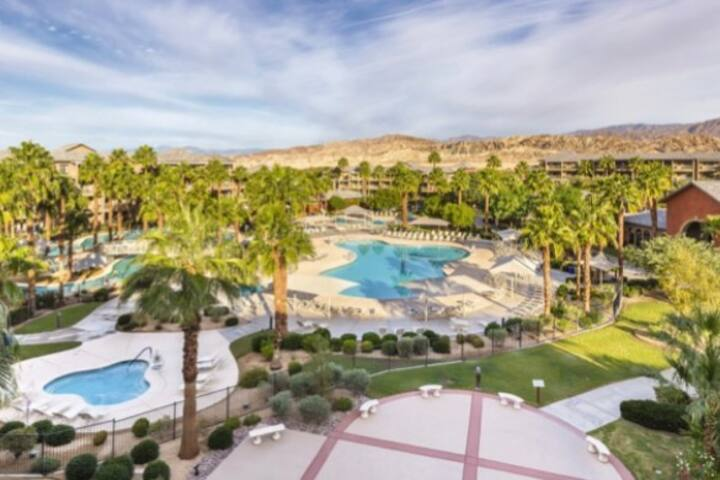 Family Resort Getaway!!