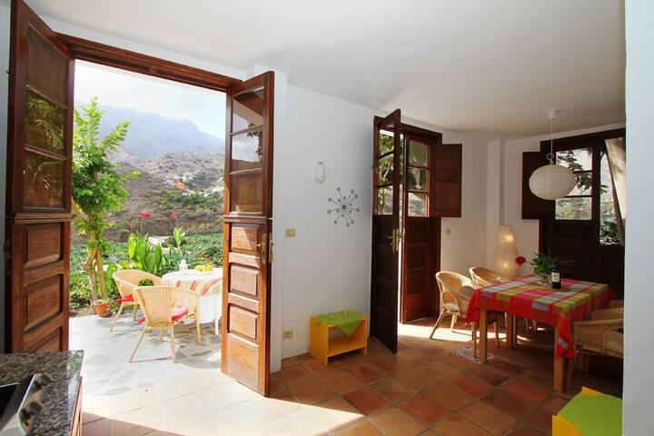 Flamboyant / Casa Creativa - modern und gepflegt - Hermigua - Apartament