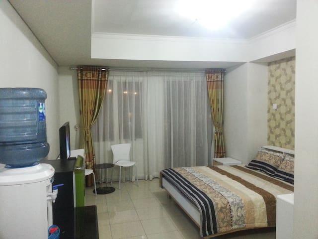 Studio Room @ Royal Mediterania Garden Residences - Jakarta - Apartment