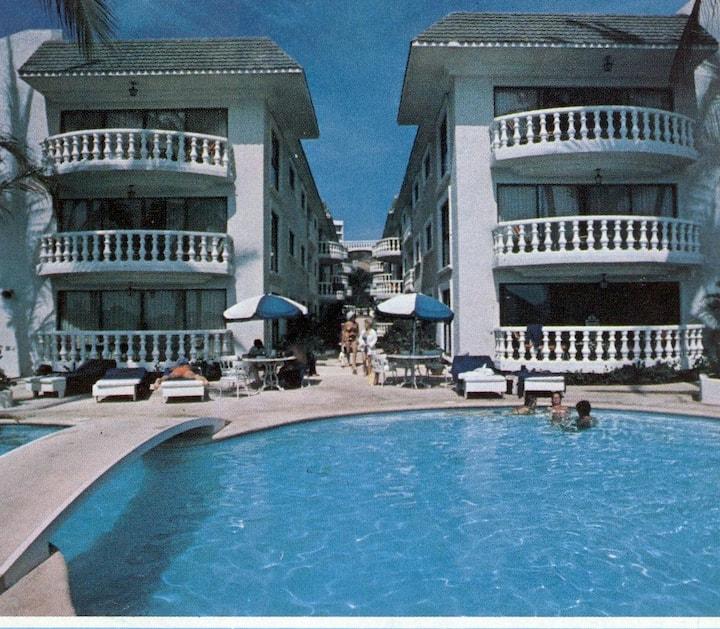 Lunada Condominium, Acapulco
