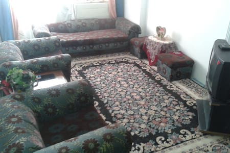 apartment  2 bed rooms ,free wi fi,  a/c  securty - Alexandria