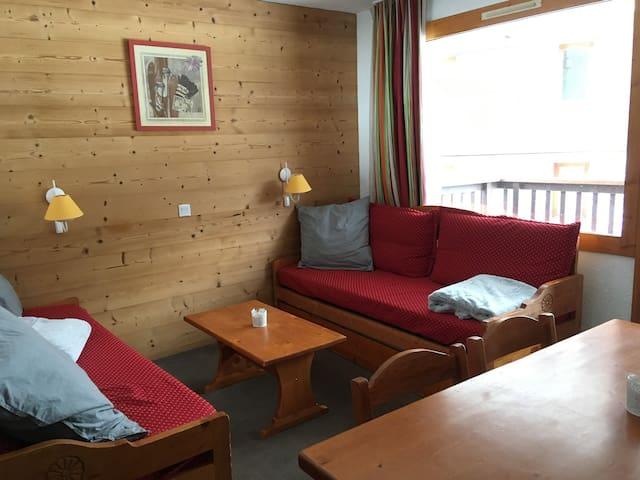 Bel appartement : départ et retour skis aux pieds