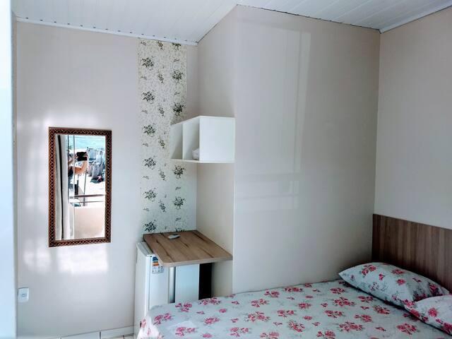 Hostel Ramos-Q1 p/ 2 pessoas