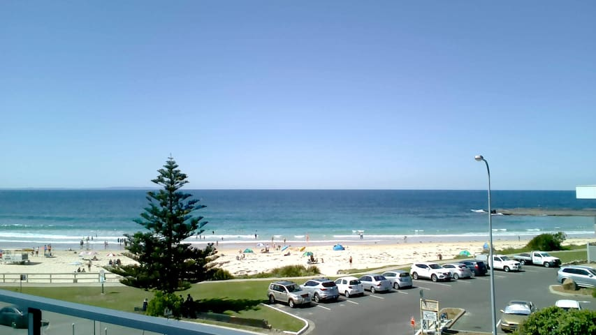 Mollymook Beach Apartment