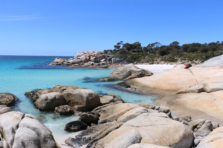 Bay of Fires  - Beachfront - Sloop Cottage