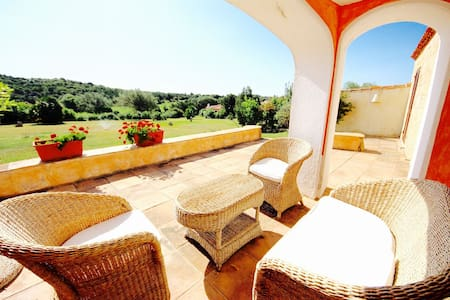 COTTAGE MIRTO 2BR-pool&terrace by KlabHouse - Cala di Volpe