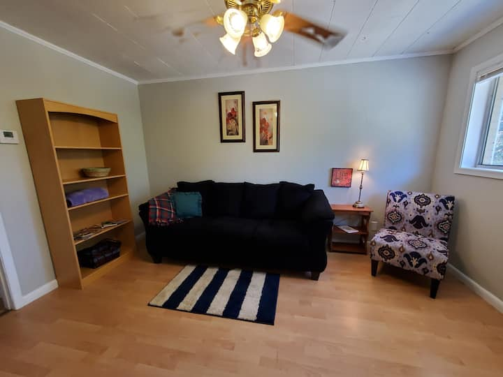 801C Apartment Living for Work or Short Stays