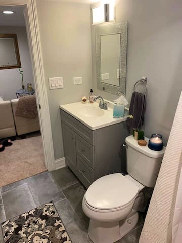 Super clean recently renovated full private bathroom