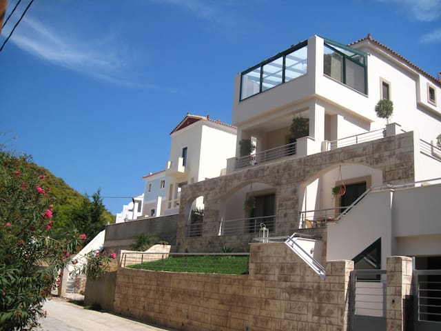 SUPERIOR APARTMENT - Poros - Apartment
