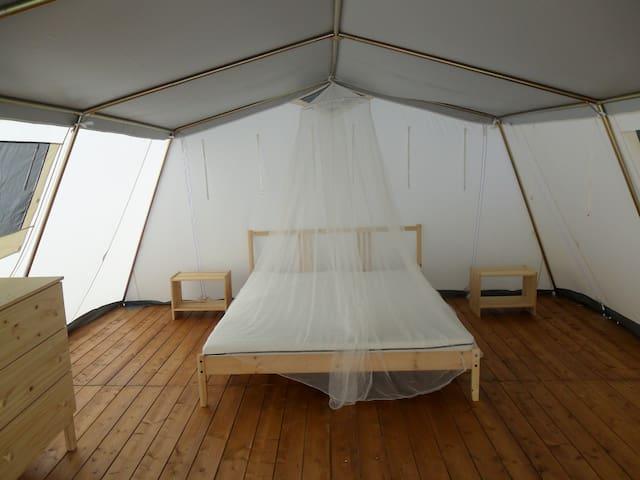 Tenda lodge in complesso con piscina - Acquedolci