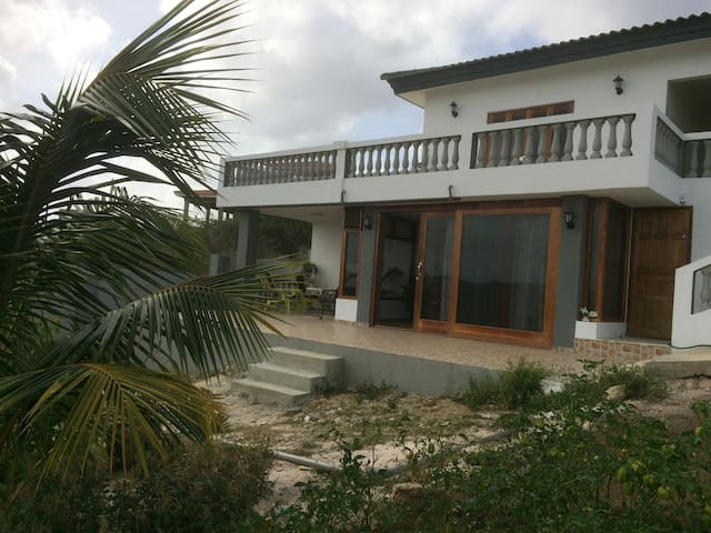Mila's Guesthouse  with view on Caribbean Sea - Sint Michiel - Pis