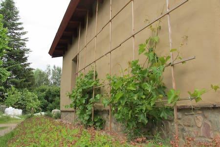 Lehmkloster, 5 Zimmer, 1 Küche/die ÖKO Unterkunft - Buchberg