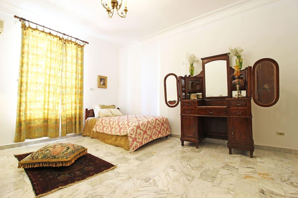 The lebanese Bedroom