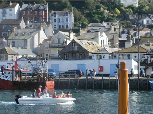 The Sail Loft - Quayside Cottage - Looe - บ้าน