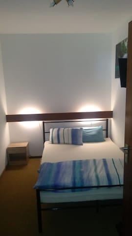 Schlafzimmer / Bett