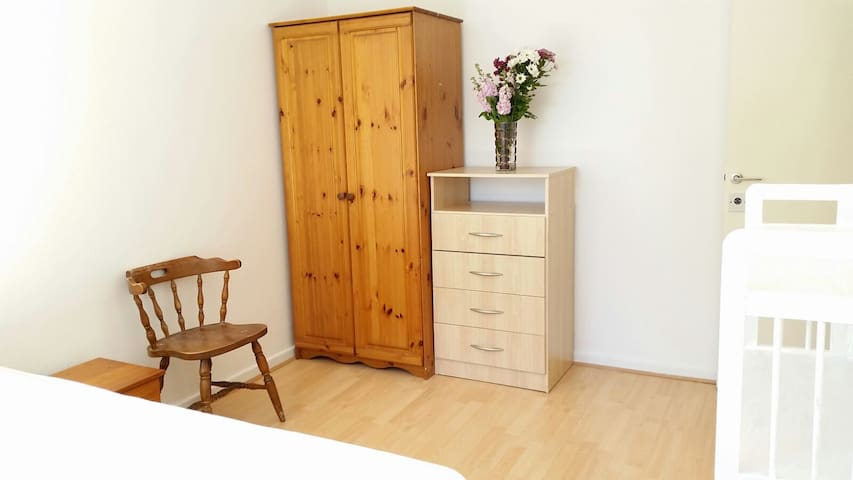 Spacious Large Double Bedroom