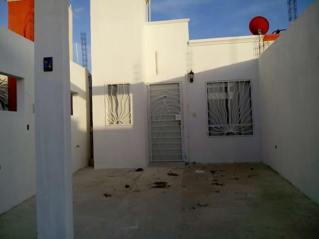 Cozy and Confortable house - Puerto Aventuras - Talo