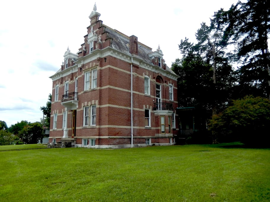 View of Herzog Mansion