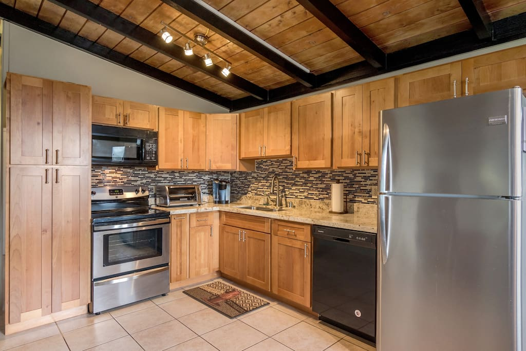 Fully equipped and stocked kitchen