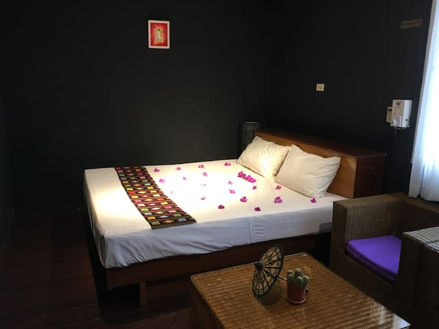 Myanmar Club Residence @Shwe Gone Daing - Yangon - Casa