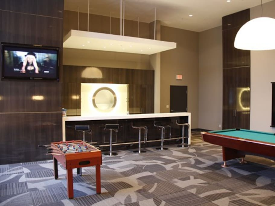 BILLARDS ROOM /man cave private expericence for 2 hours complements of your host