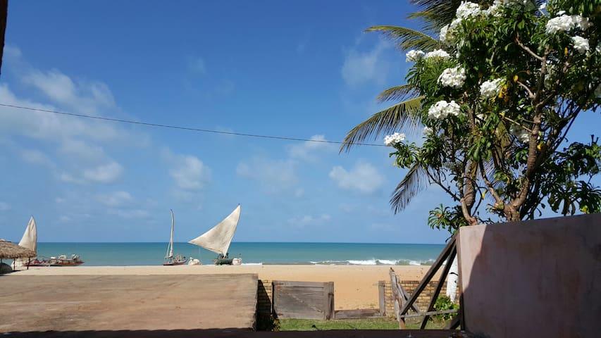 Casa rústica a poucos passos do mar - Carnaubinha - Rumah