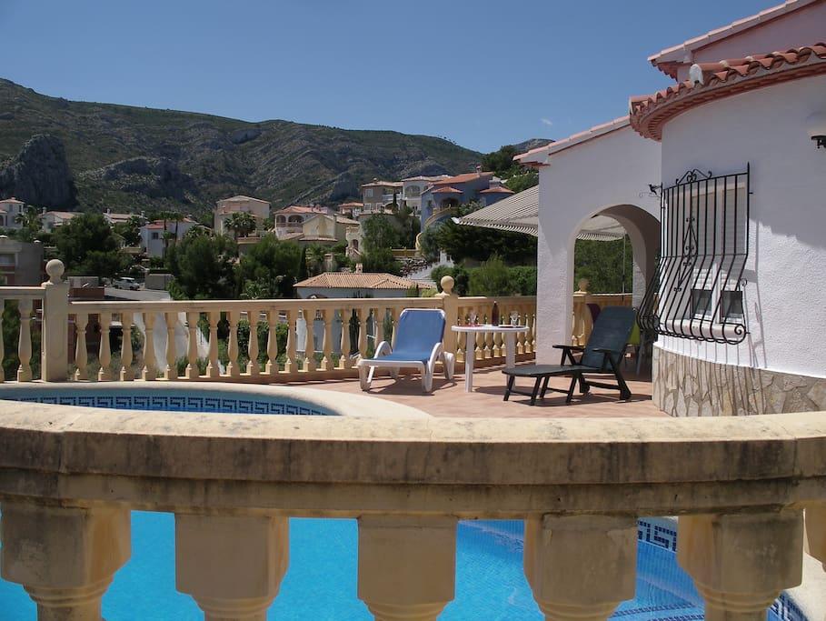 Maison avec piscine privative maisons louer for Piscine privative