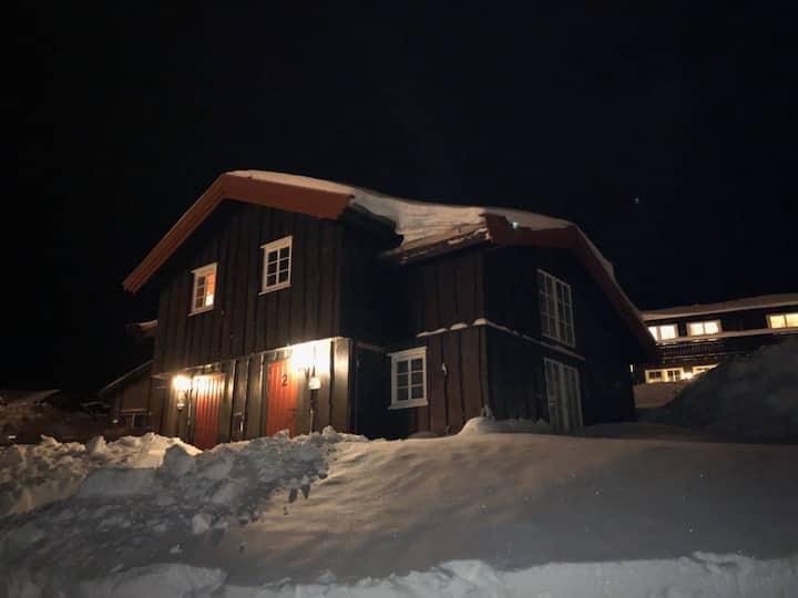 Flott beliggenhet i Skurufjellet/Fageråsen.