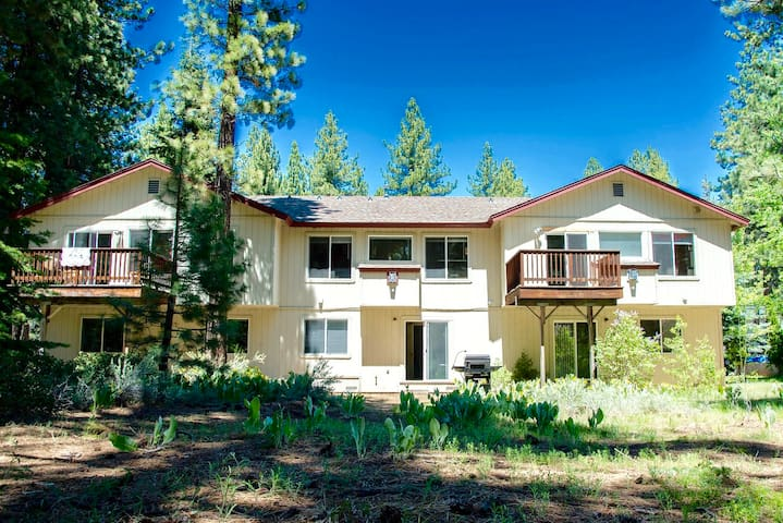 Sunny Tahoe 3BR  near Beach, Bike Path, Ski Resort