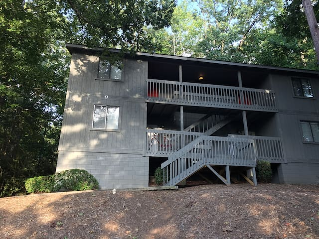 Cozy condo perfect for Clemson visit