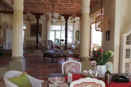 Romantic Villa in Sealinks City - Mũi Né - ファンティエット - 別荘