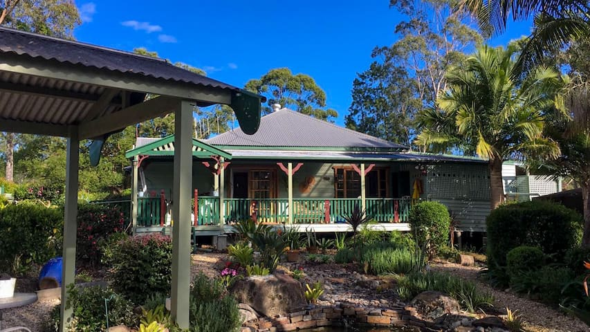 Billabong Cottage B&B nr Bulahdelah pet friendly J