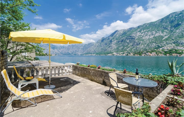 Beautiful home in Kotor with WiFi and 1 Bedrooms