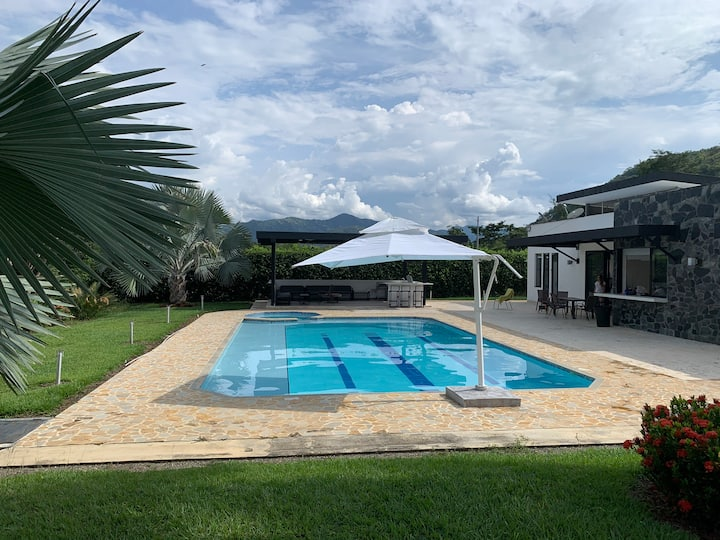 Finca Santa Fe de Antioquia. Espectacular piscina