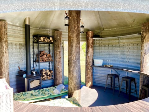 Glamping Silo ... rustic, cute & quirky!