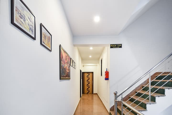 OYO Classic 1 BR Homely Stay In Amer