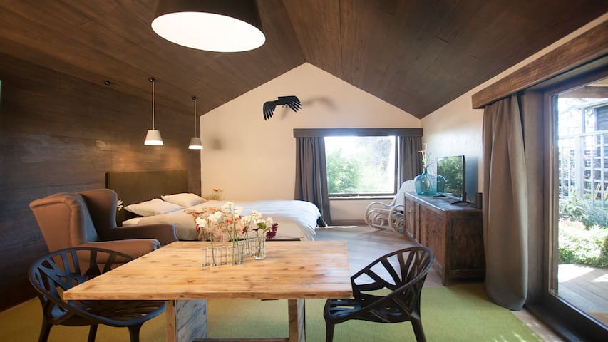 crows nest .. romantic escape! - Daylesford - Byt
