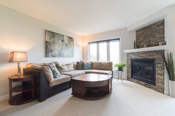 Ideally Located 3 Bedroom Executive Townhouse