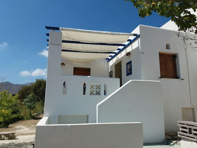 House 120 meters from the beach - Πίσω Λιβάδι - House