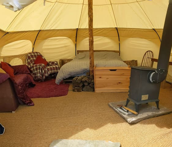 Black mountains luxury bell tent