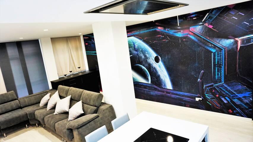 COSMOS SPACE SHIP HOME 3 Rooms Near Las Canteras