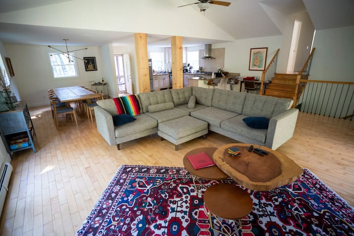 Honk House: Contemporary Comfort in the Catskills