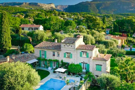 #1 in Romantic Provençal Bastide Heated Pool