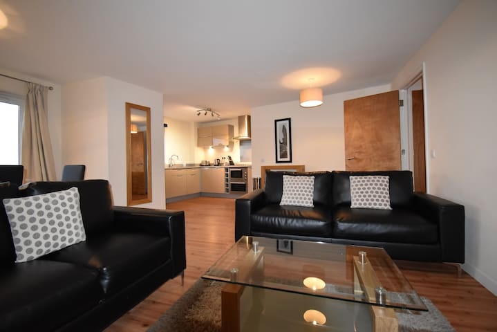 Shortletting by Centro Apartments - The Pinnacle NN - No. B17
