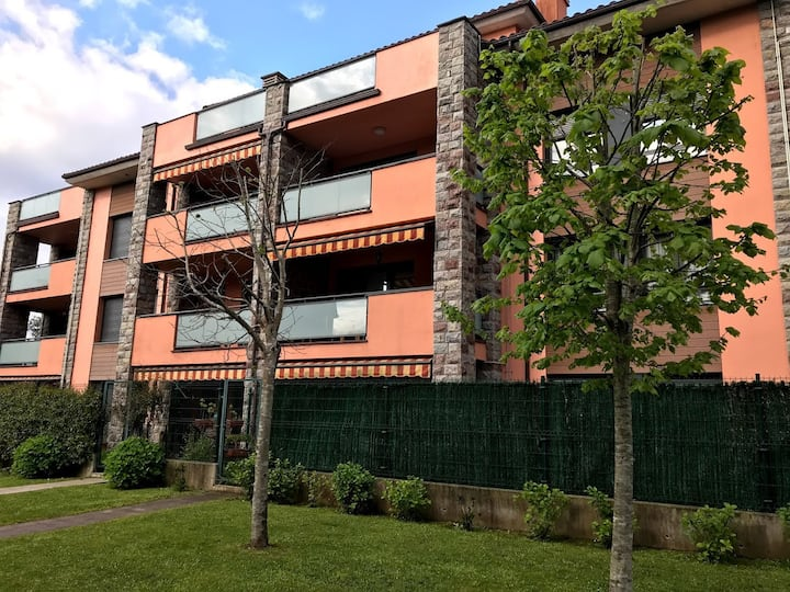 Centrico Apartamento LLANES Terraza Piscina Padel