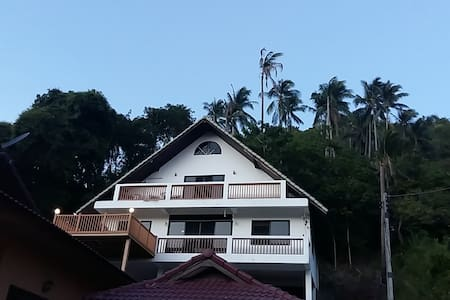 Lennon´s House Lamai,  A Home away from Home - House
