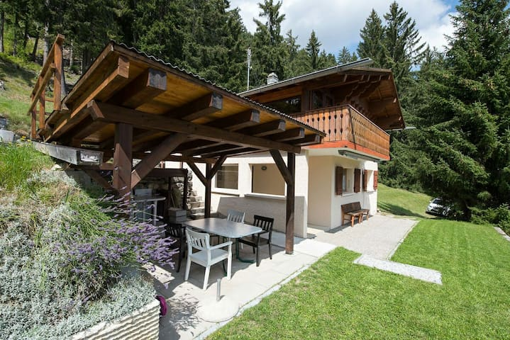 Chalet in Anzère in calm for 6 people